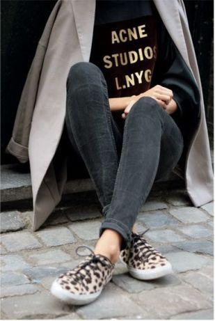 Dress code: print + sporty style