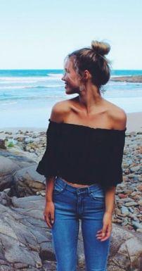 shoulder black t shirt
